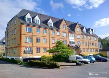 Thumbnail 2 bedroom flat to rent in Pembroke House, Station Road, Borehamwood, Hertfordshire