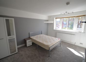 Room to rent in 201 Fog Lane, Room 1, Burnage M19