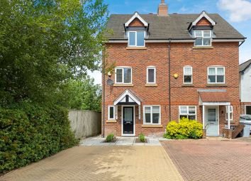 Thumbnail 3 bed town house for sale in Arderne Place, Alderley Edge