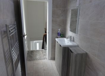 Thumbnail 4 bed detached house to rent in Willans Road, Dewsbury