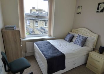 Thumbnail Room to rent in Trinity Street, Huddersfield