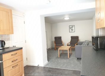 3 bed terraced house to rent in Gilwell Street, Plymouth PL4