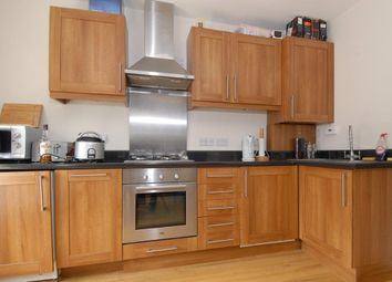 Thumbnail 1 bed flat to rent in Ferndale Road, Clapham North