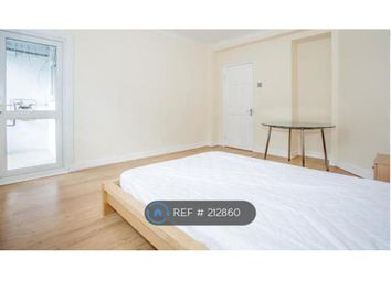 Thumbnail 3 bed flat to rent in Calvert House, London