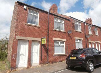 Thumbnail 2 bedroom flat to rent in Ravensworth Street, Wallsend