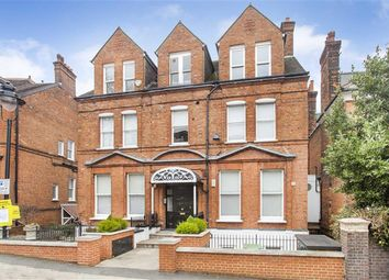 Thumbnail 4 bed flat to rent in Hampstead Hill Gardens, London