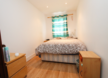 Thumbnail 6 bed shared accommodation to rent in Palmerston Road, London