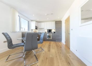 1 bed property for sale in 2 Aurora Point, Plough Way, Surrey Quays, London SE16