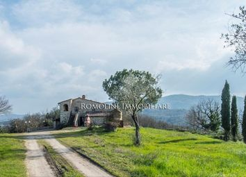 Thumbnail Farm for sale in Casole D'elsa, Tuscany, Italy