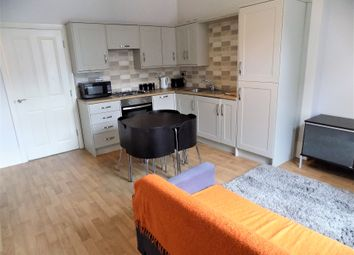 Thumbnail 2 bed flat to rent in Clarkehouse Road, Broomhill