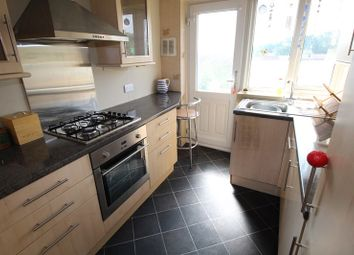 Thumbnail 2 bedroom flat to rent in Church Hill Road, East Barnet, Barnet