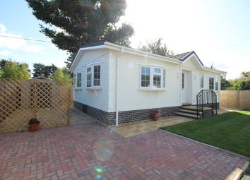 Thumbnail 2 bed mobile/park home for sale in Dorchester Road, Lytchett Minster, Poole
