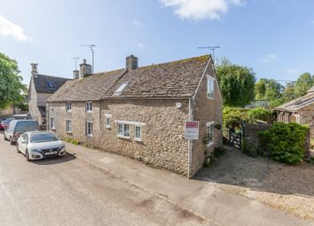 Thumbnail 1 bedroom cottage for sale in Langford, Lechlade