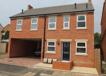 Thumbnail 1 bed flat to rent in Crispin Street, Rothwell, Kettering