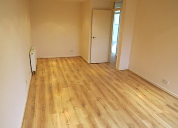 Thumbnail 2 bed flat to rent in Oakleigh Road South, New Southgate