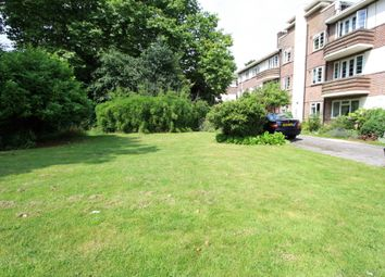 Thumbnail 2 bed flat to rent in Leigham Court Rd, Battersea