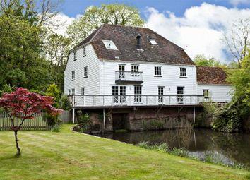 Thumbnail 5 bed detached house for sale in Sandford Lane, Hurst, Berkshire