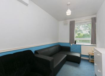 Thumbnail 4 bed flat to rent in Clarence Lane, Putney