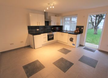 Thumbnail 1 bed flat to rent in Callander Road, London