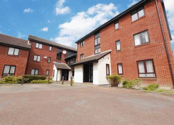 Thumbnail 2 bed flat for sale in Exeter Court, Didcot