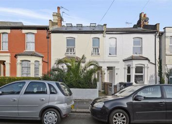 Grove Road, London W3. 3 bed flat for sale