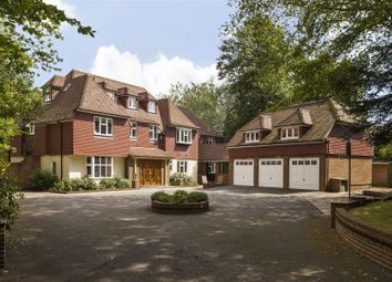 Thumbnail 6 bed detached house to rent in Silverdale Avenue, Walton-On-Thames