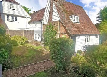 Lower Road, East Farleigh, Maidstone, Kent ME15. 2 bed semi-detached house