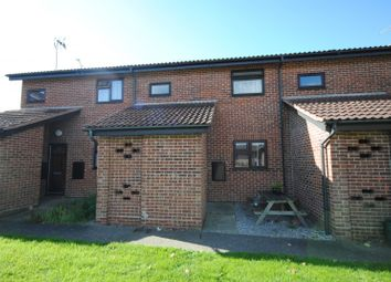Thumbnail 1 bed maisonette to rent in Belvawney Close, Chelmsford