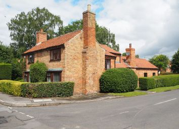 Thumbnail 3 bed detached house for sale in Woodhill Road, Collingham, Newark