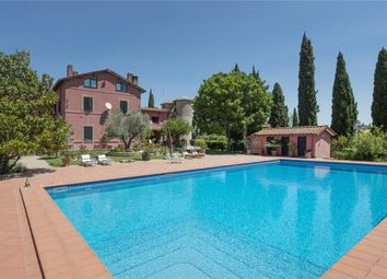 Thumbnail 5 bed farmhouse for sale in Villa Aurora, Via San Giuseppe Da Copertino, Rome, Lazio