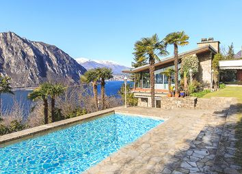 Thumbnail 6 bed villa for sale in 3722, Como, Italy