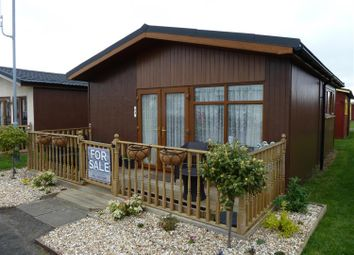 Thumbnail 2 bed property for sale in Links Avenue, Mablethorpe
