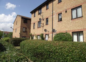 Thumbnail 1 bed flat to rent in Sandon Close, Rochford