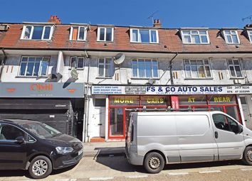 Thumbnail 1 bed flat for sale in York Parade, Great West Road, Brentford
