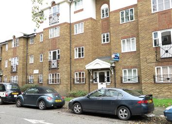 Thumbnail 1 bed flat to rent in Croft Street, London