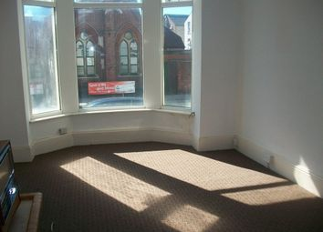 Thumbnail 1 bed flat to rent in Waverley Road, Southsea