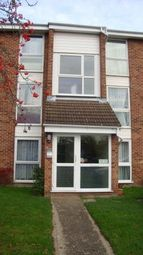 Thumbnail 2 bed flat to rent in Oakley Close, Osterlyey