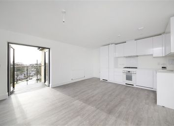 Thumbnail 2 bedroom flat to rent in Downsview Road, London