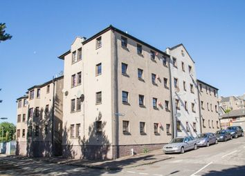 Thumbnail 2 bedroom flat for sale in Weavers Loan, Dundee