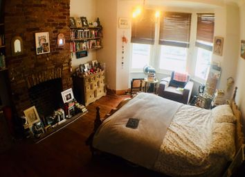 Thumbnail 5 bed shared accommodation to rent in Herbert Road, London
