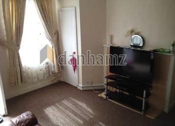2 bed property to rent in Harold Terrace, Hyde Park, Leeds LS6