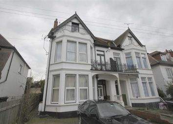 Thumbnail 1 bed flat to rent in 26 Cobham Road, Westcliff On Sea, Essex