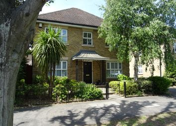 Thumbnail 4 bed detached house to rent in Avenue Road, Harold Wood