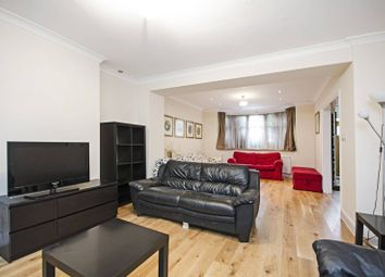5 bed property to rent in Basing Hill, Golders Green, London NW11