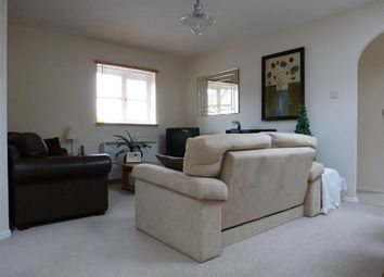 2 bed flat to rent in Earl Rivers Avenue, Heathcote, Warwick CV34