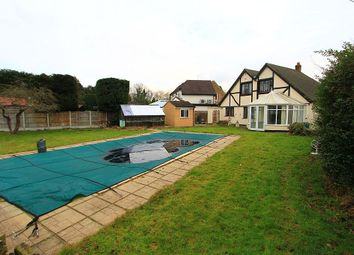 Thumbnail 4 bed detached house to rent in Ayloffs Close, Emerson Park, Essex