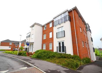 Thumbnail 2 bedroom flat for sale in Kennet House, Regis Park Road, Reading