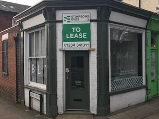 Thumbnail Retail premises to let in 50 Bromham Road, Bedford, Bedfordshire