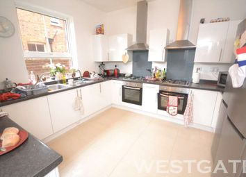 Thumbnail 8 bed detached house to rent in Erleigh Road, Reading