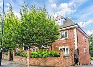 Thumbnail 2 bed flat to rent in Russell Hill, Purley, Surrey